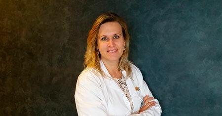 Isabel Ayet Oftalmòloga pediatra Institut Oftalmològic Creu Groga