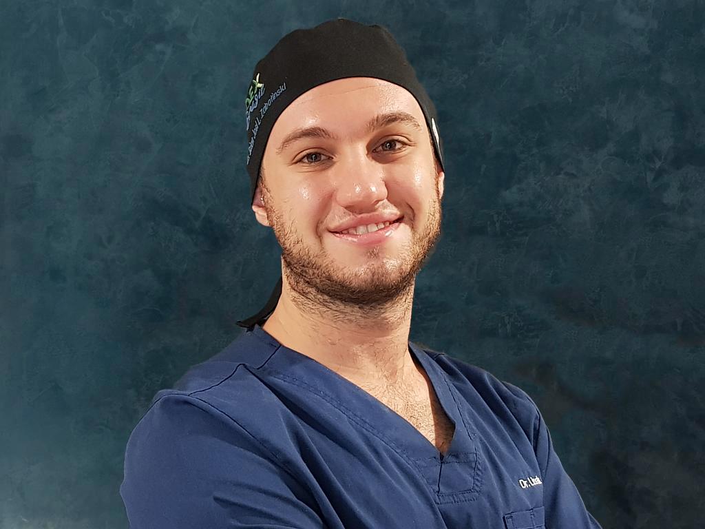 Brian Lisak odontologia Centre Mèdic Creu Groga